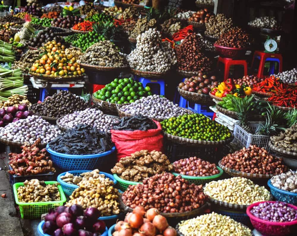 Vietnam market by Stephan Valentin